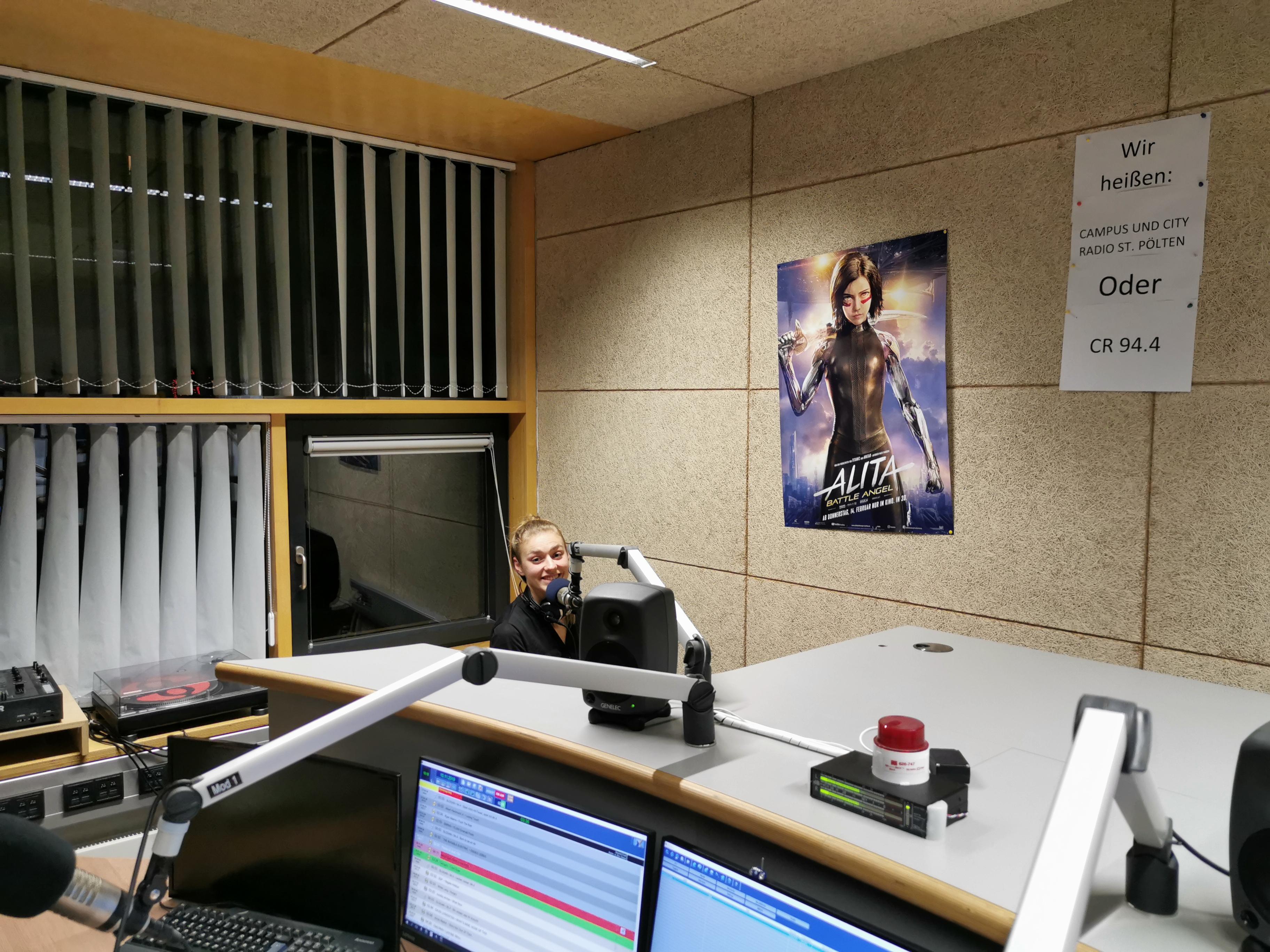 Studio mit Grimasse von Marlene